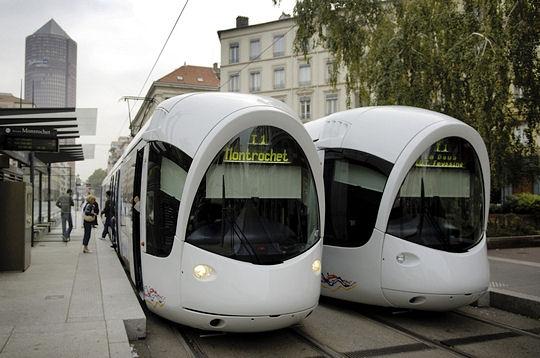 Tram de lyon le tramway de lyon for Garage du tram villeurbanne