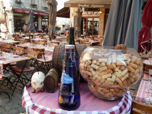 Lyon compte de nombreux restaurants, notamment ses célèbres bouchons.