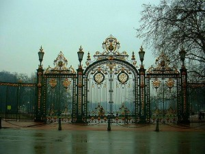 Les 117 hectares du parc de la Tête d'Or sauront séduire sportifs et amoureux de la faune et de la flore.